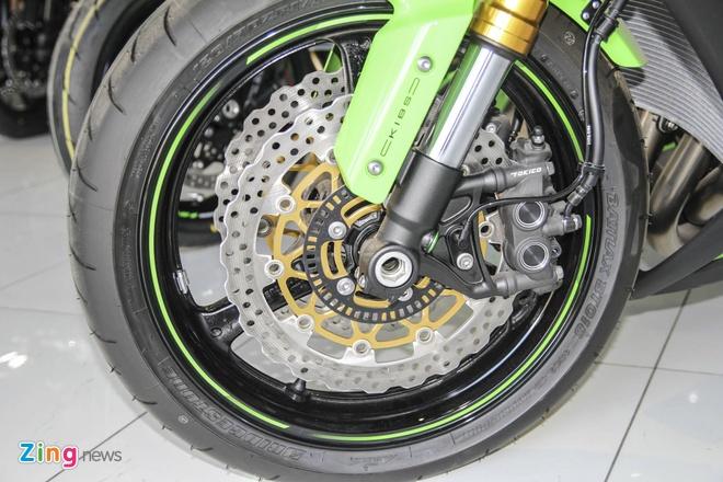 So sanh sieu moto Kawasaki ZX-10R ban cu va moi hinh anh 14