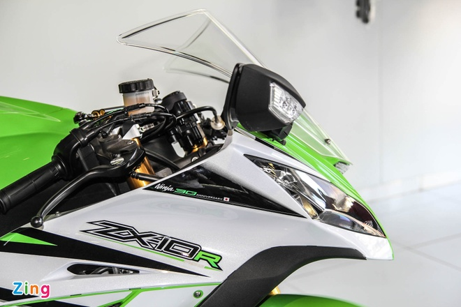 So sanh sieu moto Kawasaki ZX-10R ban cu va moi hinh anh 16