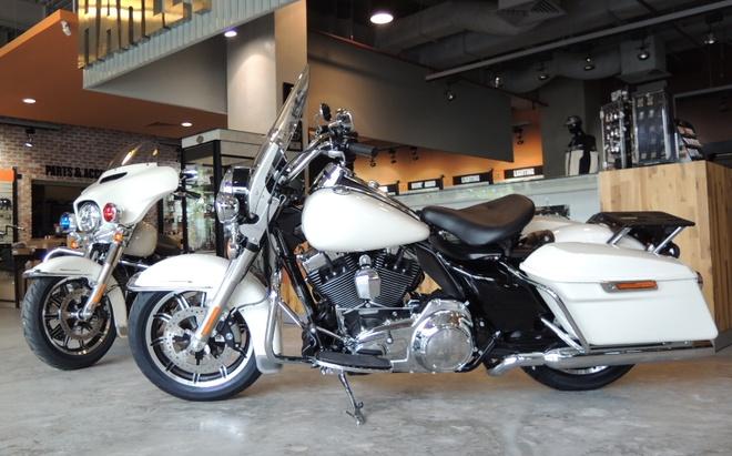 Harley Davidson phien ban canh sat xuat hien tai Viet Nam hinh anh