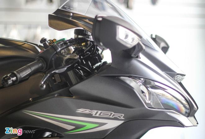 Sieu moto Kawasaki ZX-10R mau moi ve Viet Nam hinh anh 3