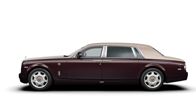 83 ty mua Rolls-Royce o VN, dai gia the gioi mua duoc xe gi? hinh anh 1