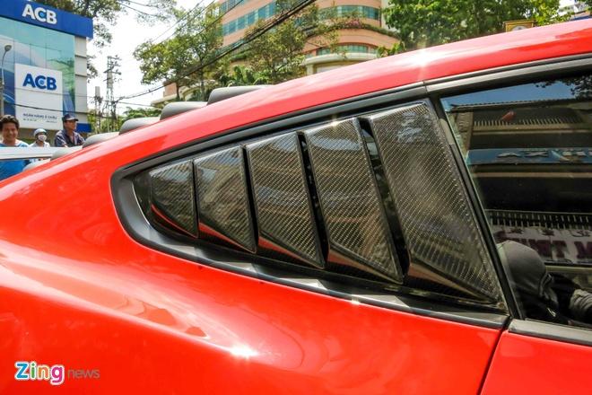 Ford Mustang do than vo soi carbon o Sai Gon hinh anh 11