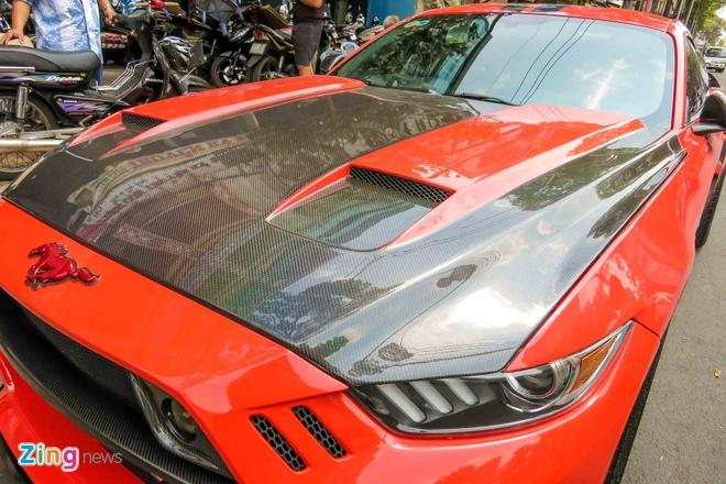 Ford Mustang do than vo soi carbon o Sai Gon hinh anh 5