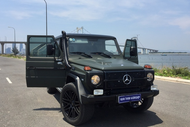 Mercedes G300 do o Da Nang anh 2