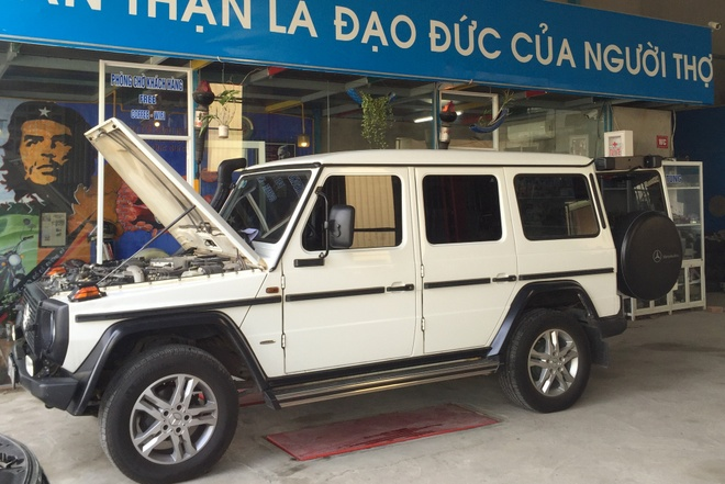 Mercedes G300 do o Da Nang anh 1