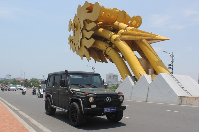Mercedes G300 do o Da Nang anh 9