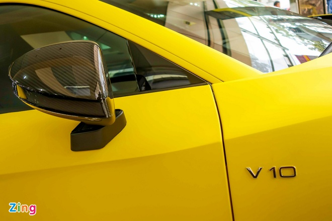 Sieu xe Audi R8 V10 Plus vang nham duy nhat Viet Nam hinh anh 9
