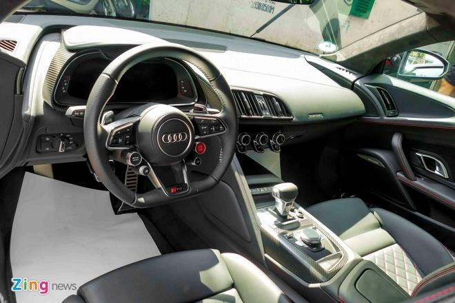 Sieu xe Audi R8 V10 Plus vang nham duy nhat Viet Nam hinh anh 6
