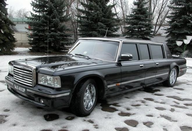 Limousine cua Tong thong Nga Putin rao ban gia 1,2 trieu USD hinh anh