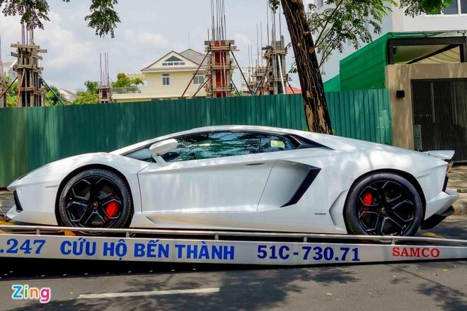 Sieu xe Lamborghini Aventador chinh hang ra bien so dep hinh anh 1