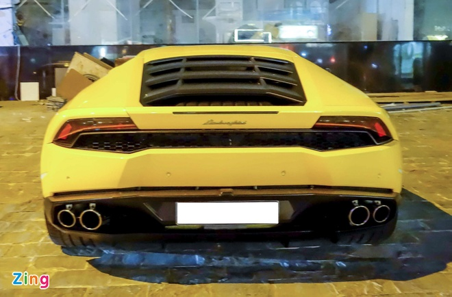 Sieu xe Lamborghini Huracan truoc nha Cuong Dola hinh anh 2