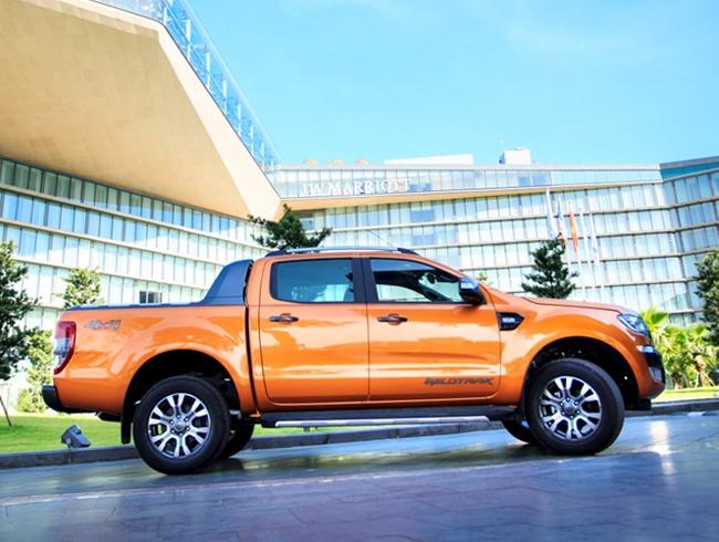 Mazda BT-50 va Ford Ranger: Mau ban tai nao dang chon? hinh anh 2