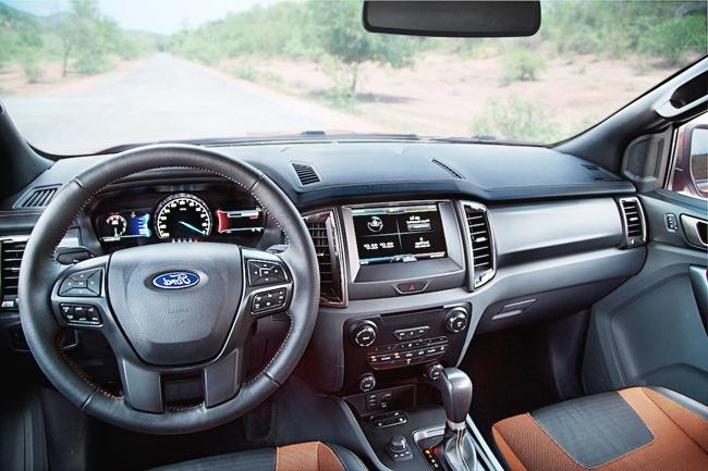 Mazda BT-50 va Ford Ranger: Mau ban tai nao dang chon? hinh anh 4