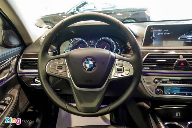 gia BMW 750Li den laser tai Viet Nam anh 9