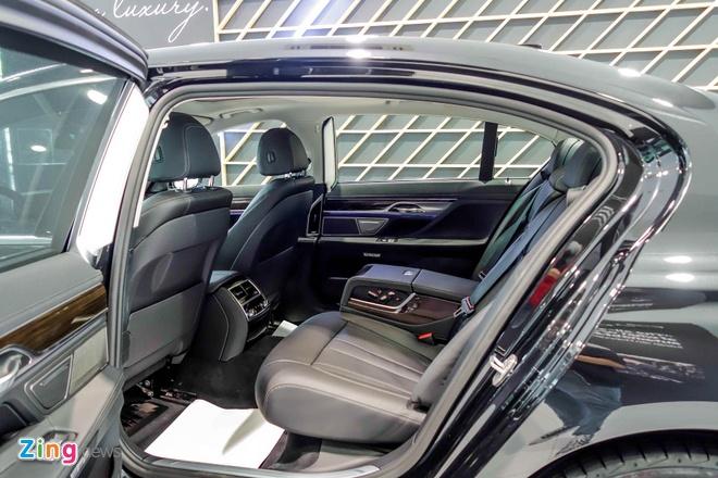 gia BMW 750Li den laser tai Viet Nam anh 12