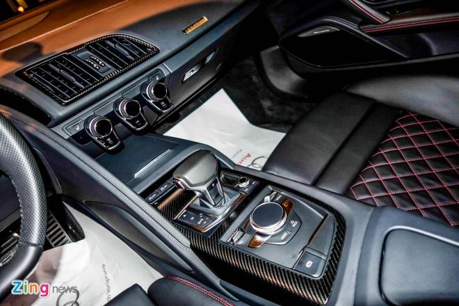 Chi tiet Audi R8 V10 Plus 2016 dau tien tai Viet Nam hinh anh 8