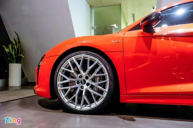Chi tiet Audi R8 V10 Plus 2016 dau tien tai Viet Nam hinh anh 9