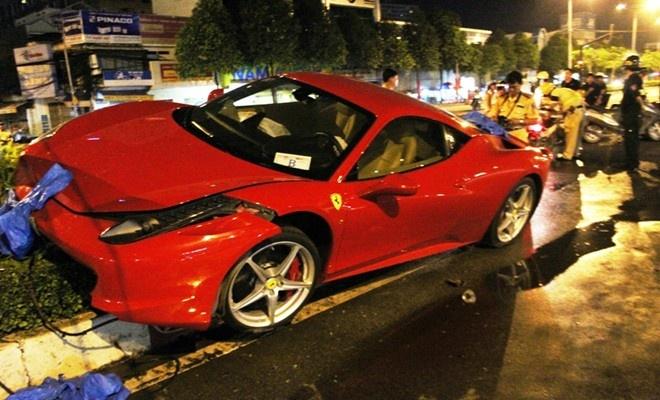 Ferrari 458 Italia tai xuat sau tai nan o Sai Gon hinh anh 5