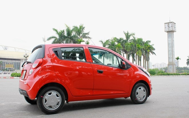 Chevrolet Spark Duo 2016 anh 4