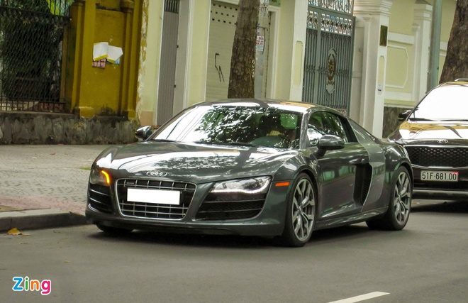 Sieu xe Audi R8 V10 mau la o Sai Gon hinh anh 9