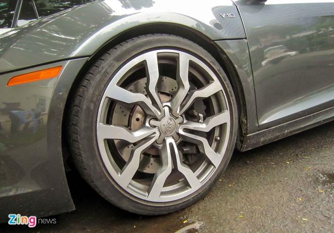 Sieu xe Audi R8 V10 mau la o Sai Gon hinh anh 5