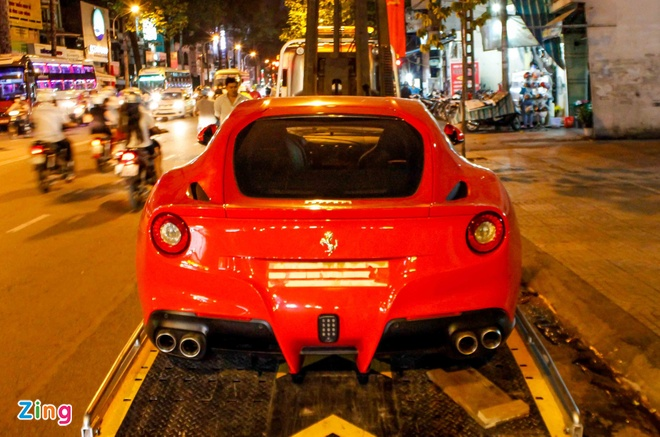 sieu xe Ferrari F12 ve Viet Nam anh 3