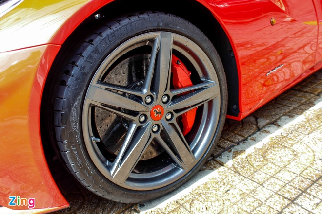 sieu xe Ferrari F12 ve Viet Nam anh 7