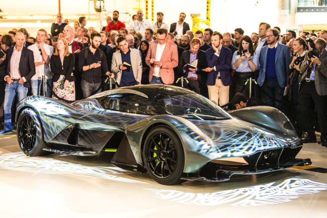 Aston Martin san xuat sieu xe F1 duong pho gia 4 trieu USD hinh anh 2