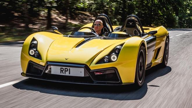 Bugatti Veyron sap bi lat do boi mau xe kem danh hinh anh