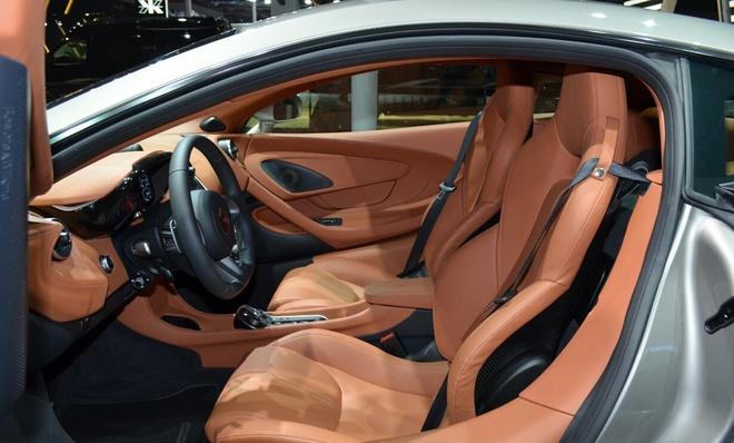 McLaren 570S - doi thu Lamborghini Huracan tai Sai Gon hinh anh 7