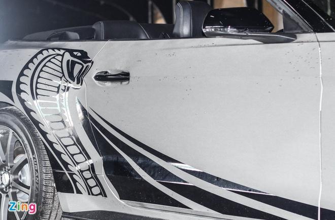 Ford Mustang GT mui tran do may va ngoai that o Sai Gon hinh anh 6