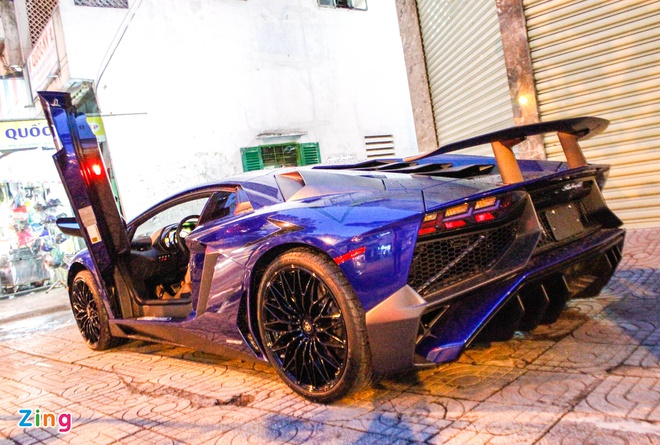 Chi tiet Lamborghini Aventador SV duy nhat tai Viet Nam hinh anh 2