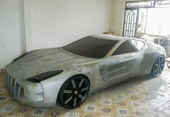 Chang trai Viet tu che mo hinh sieu xe Aston Martin One-77 hinh anh