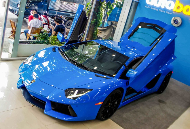 Sieu xe Lamborghini Aventador mau hiem ve Viet Nam hinh anh