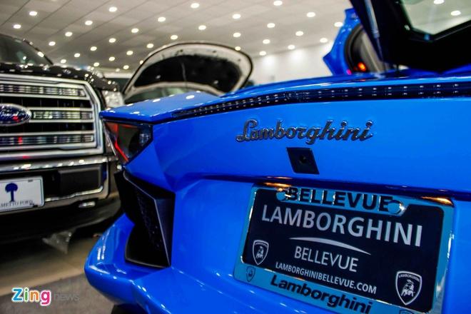 Lamborghini Aventador mau hiem anh 4