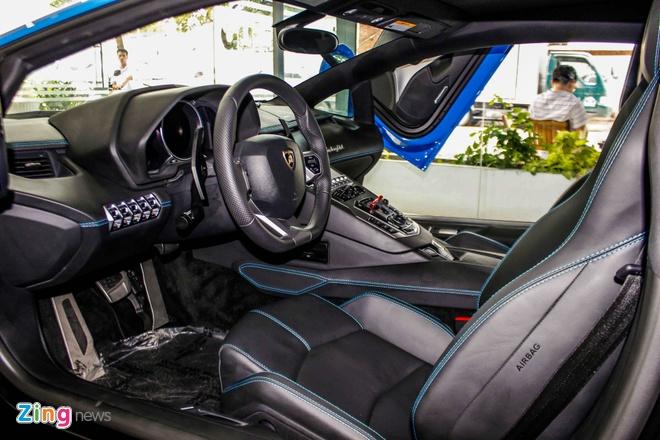 Lamborghini Aventador mau hiem anh 7