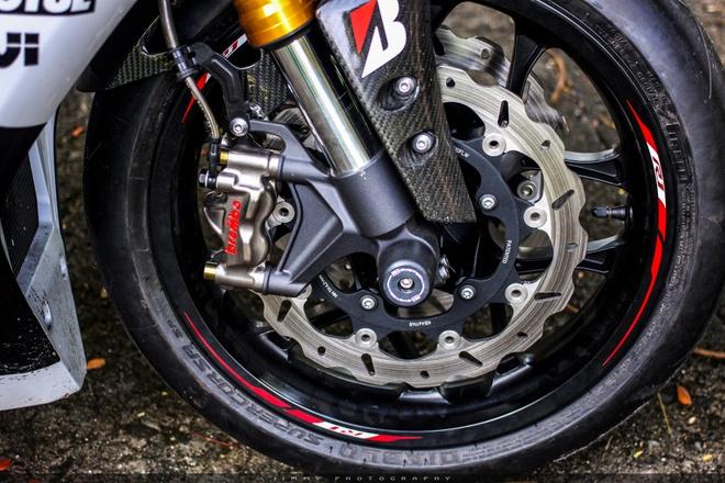 Yamaha R1 do carbon anh 5