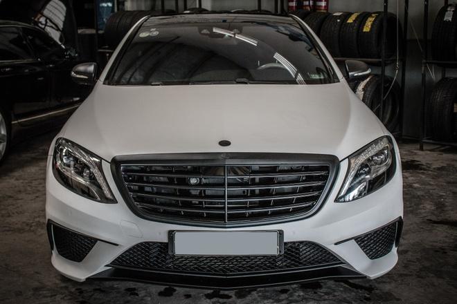 Mercedes S500 dan decal don gian tai Sai Gon hinh anh 1