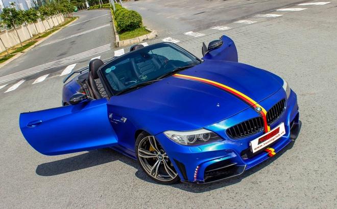 BMW Z4 do goi do choi cua Nhat het 150 trieu dong hinh anh