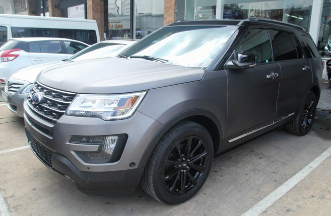 Chi tiet Ford Explorer, xe 7 cho tren 2 ty dong tai Viet Nam hinh anh