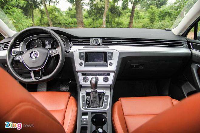 Volkswagen Passat: Sedan the thao danh cho nguoi tre hinh anh 5