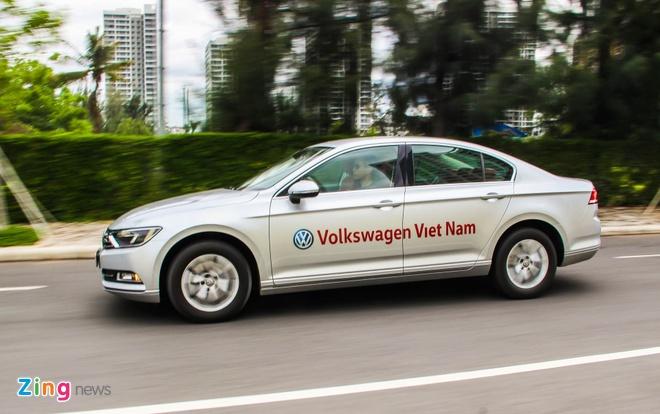 Volkswagen Passat: Sedan the thao danh cho nguoi tre hinh anh 8