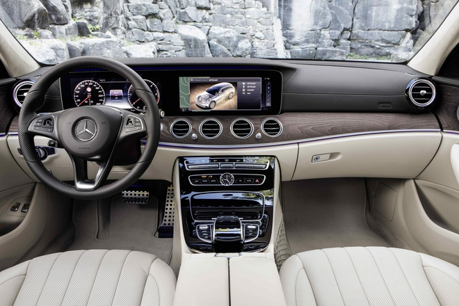 Mercedes-Benz ra mat E-Class co kha nang off-road hinh anh 3