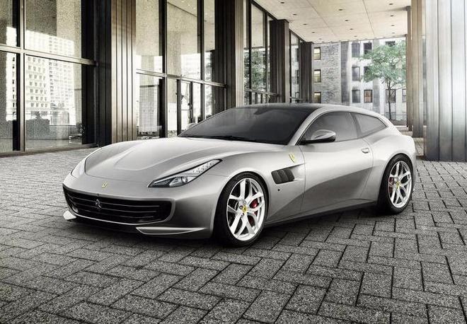Ferrari cong bo sieu xe 4 cho moi hinh anh