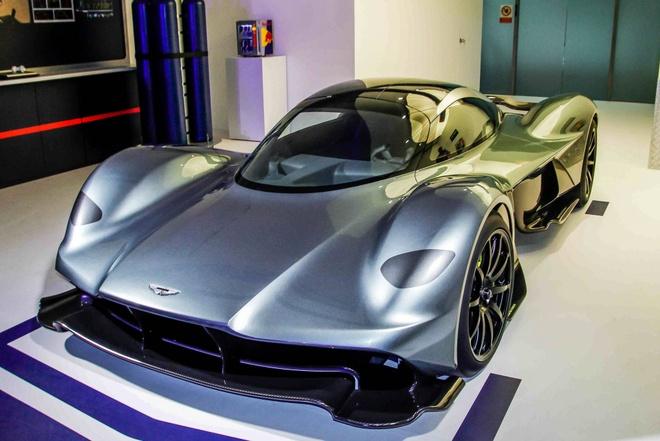 Chi tiet Aston Martin 3,2 trieu USD moi ra mat tai Singapore hinh anh