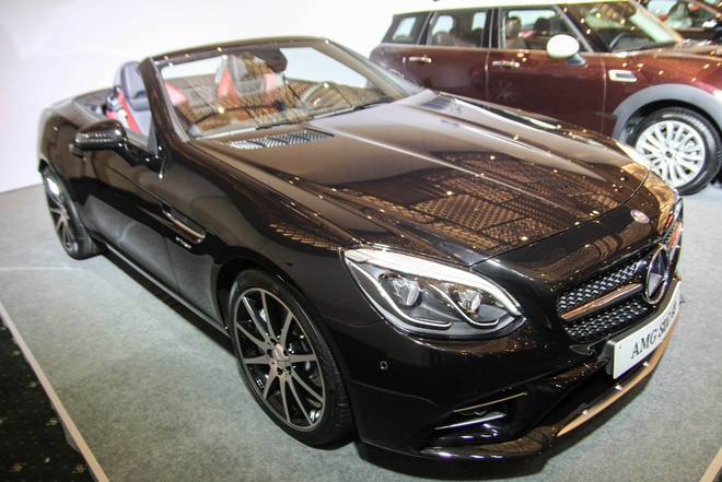 Mercedes SLC 43 AMG gia 3,6 ty dong tai Viet Nam hinh anh
