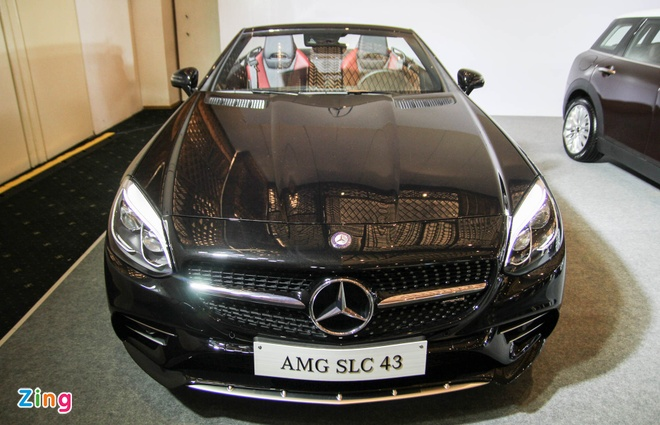 Mercedes SLC 43 AMG gia 3,6 ty dong tai Viet Nam hinh anh 2