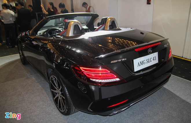 Mercedes SLC 43 AMG gia 3,6 ty dong tai Viet Nam hinh anh 11