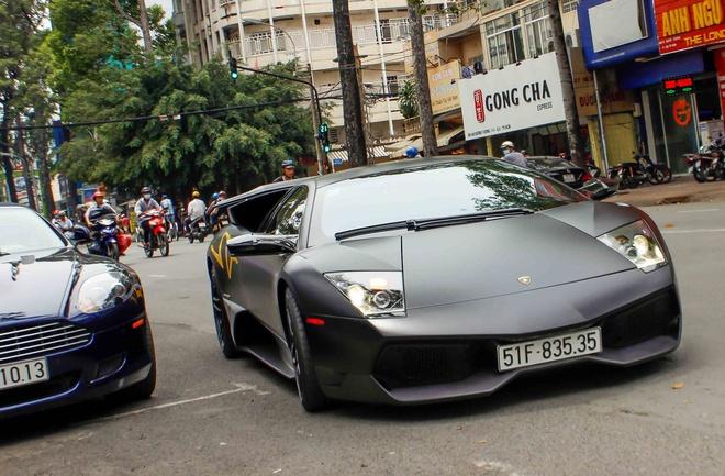 Sieu xe Lamborghini cu cua Minh Nhua ra bien so moi hinh anh