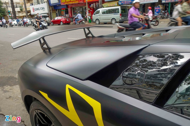Sieu xe Lamborghini cu cua Minh Nhua ra bien so moi hinh anh 7